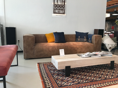 Ein Sofa aus Leder: Echt genießbar!